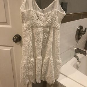 Gorgeous white lace dress, only worn once.